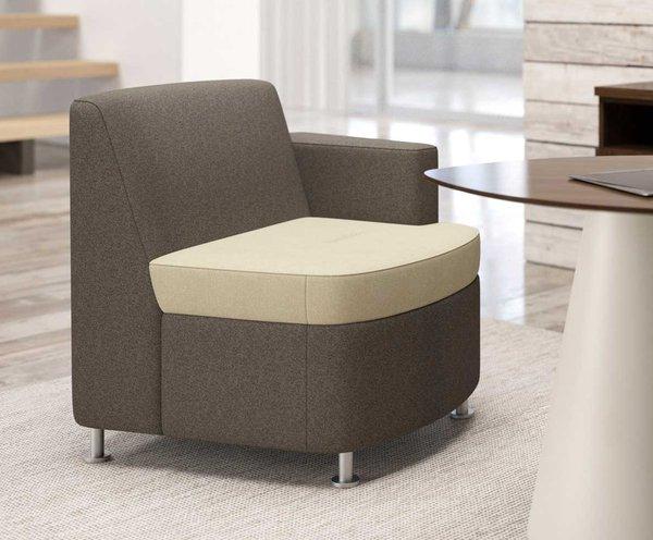 Quickship Moto Lounge