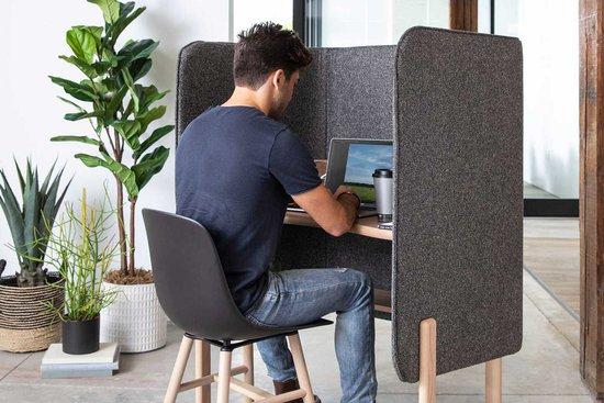 Cāav desk pod with Wink chair