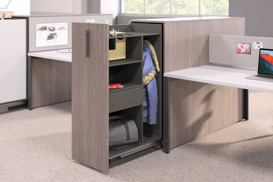 Flux open plan pantry