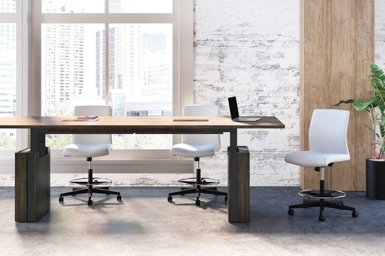 Native adjustable height conference table